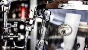 Perkusja akrylowa a drewniana – różnice, zalety i wady